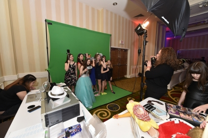 green screen photo booth photo favors dj jerry laskin thenewyorkeventplannerweekly.com
