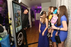 selfie touch screen photo kiosk photo favors photo booth 202 east bat mitzvah dj jerry laskin thenewyorkeventplannerweekly.com